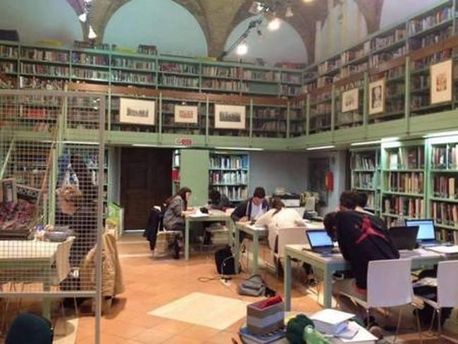 "Biblioteca Comunale ""Libero Bigiaretti"""