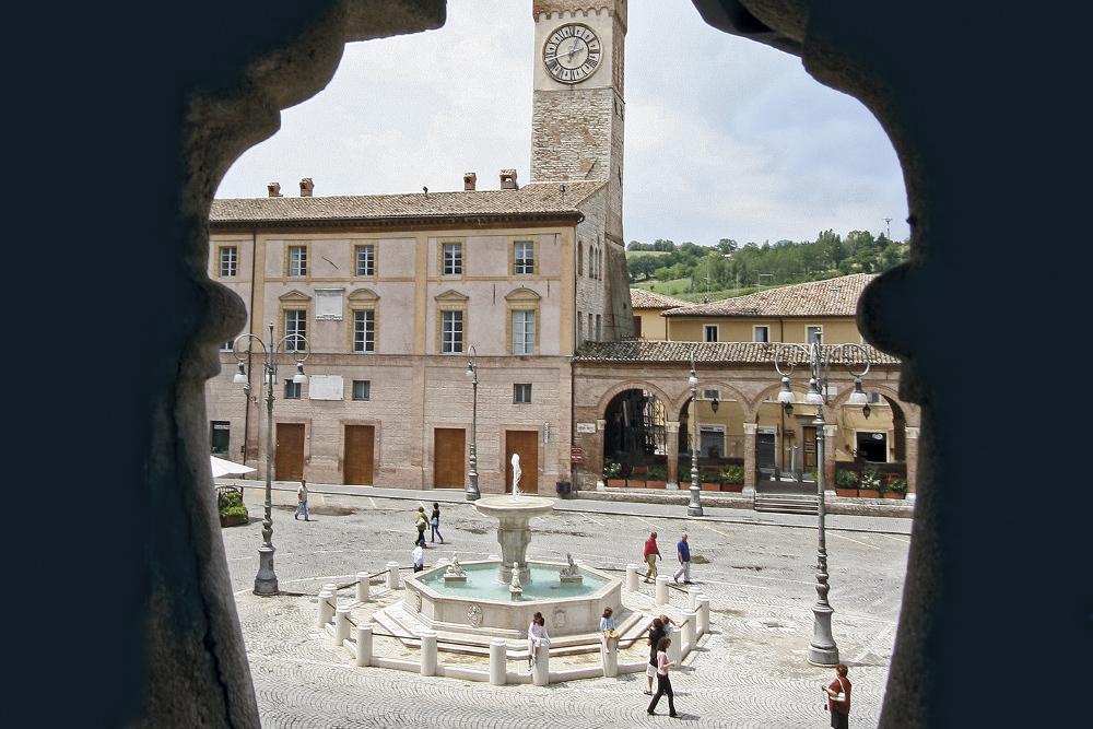 Torre Civica e  Loggia degli Ottoni (1511)